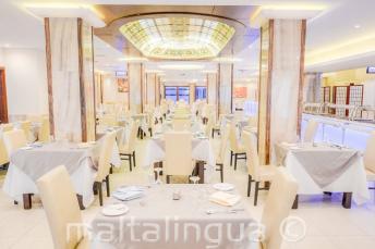 Ресторан для гостей отеля Alexandra