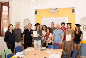 Студенты, которые успешно завершили у нас свой курс английского